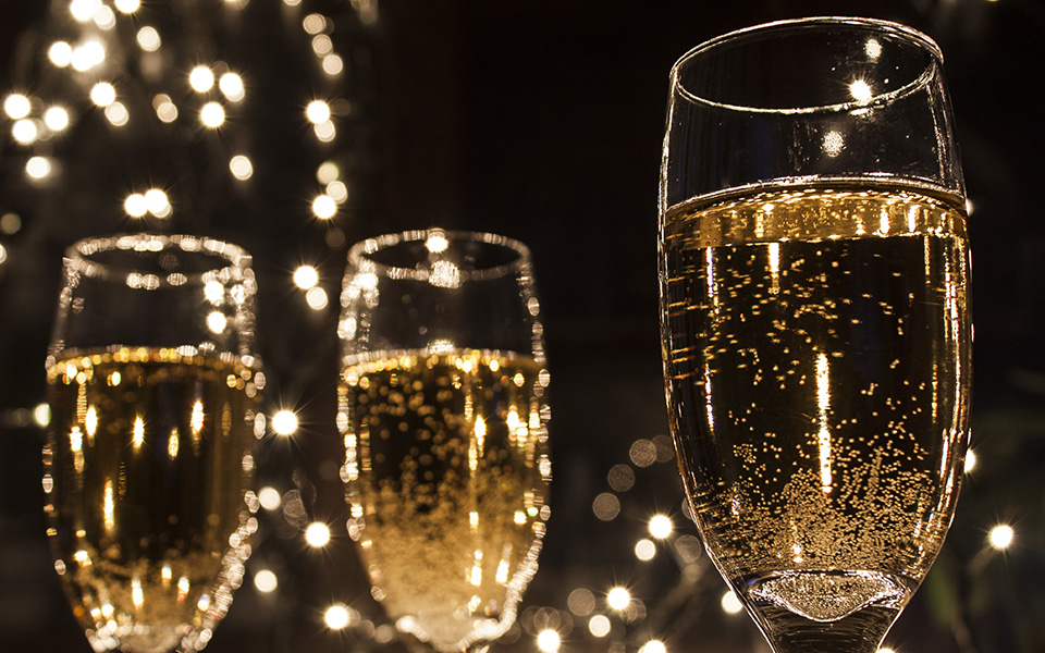 DIY NYE: A New Year's Guide to Hosting at Home